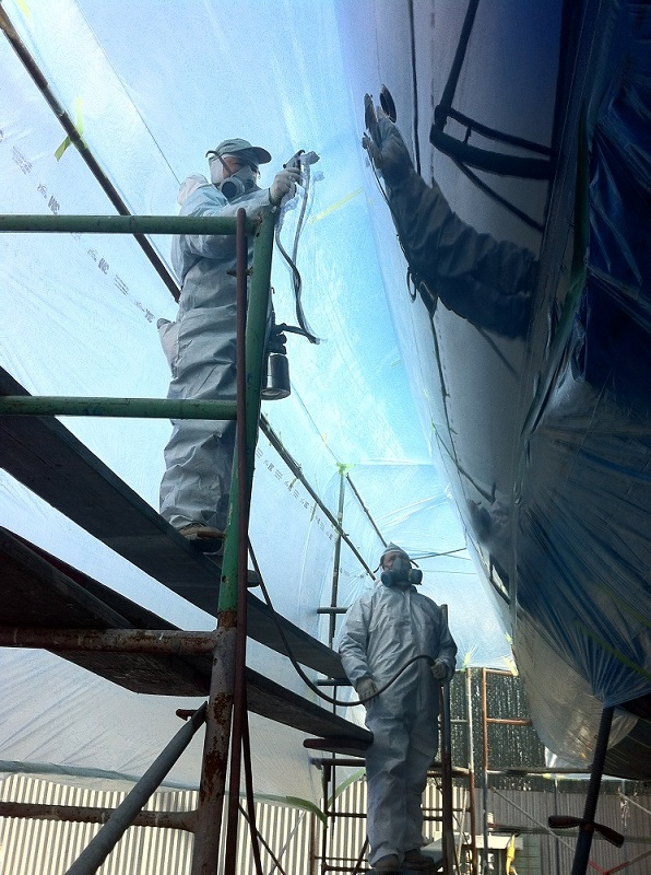 KKMI Premier Bay Area Boat Yard Boat and Yacht Finish Painting