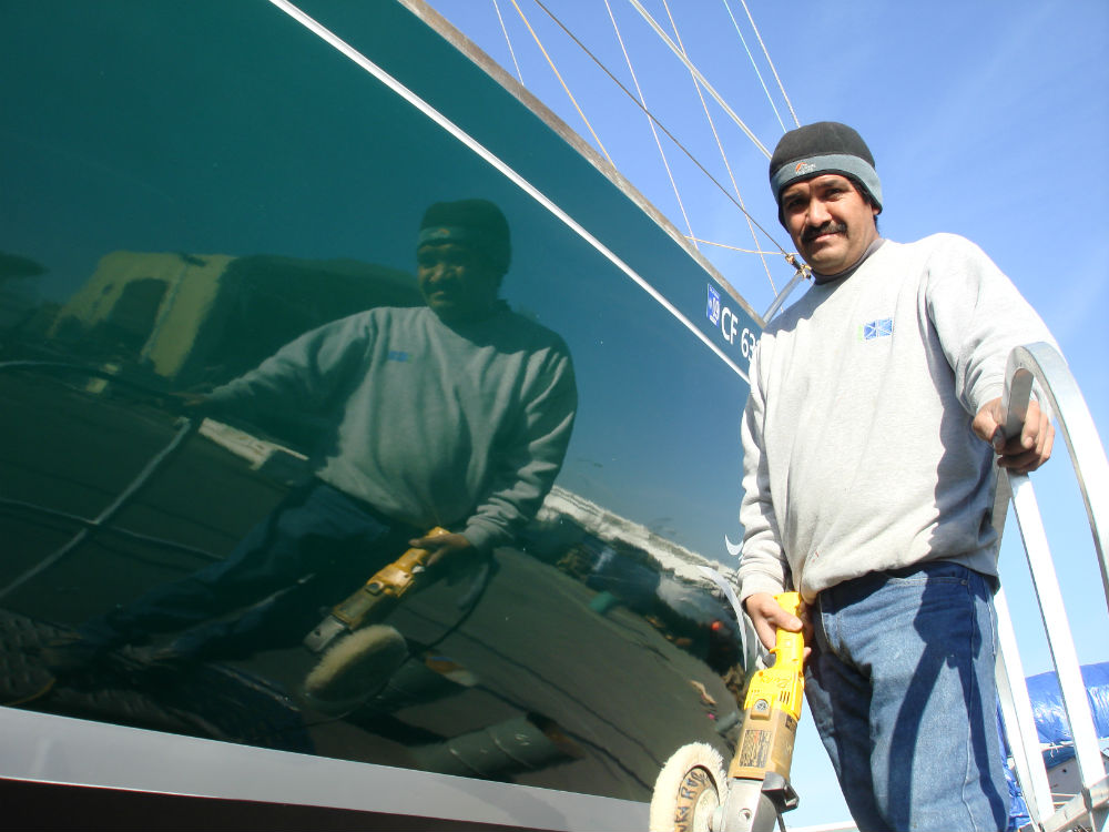 KKMI Premier Bay Area Boat Yard Buffing and Waxing
