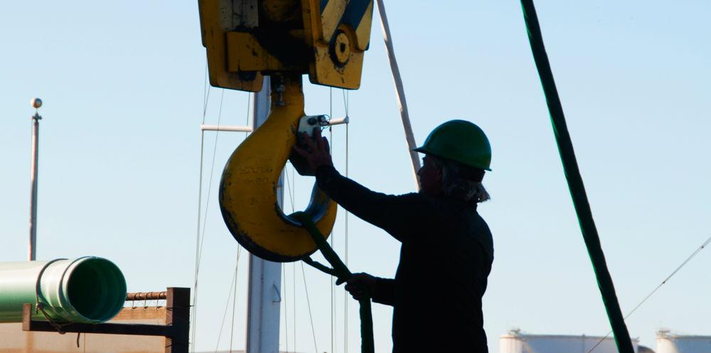 KKMI Premier Bay Area Boatyard Haulout Loading 3